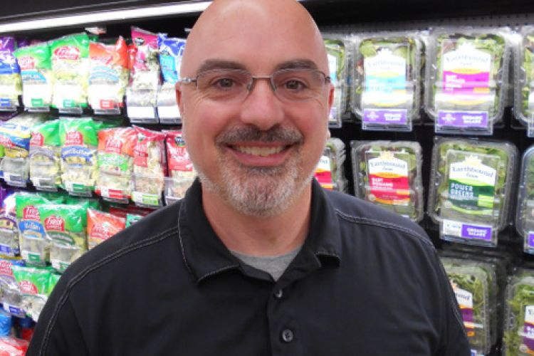 Congrats to Gregory Barnufsky Jr, Yoke's Spokane, Top 25 United Fresh 2019 Award